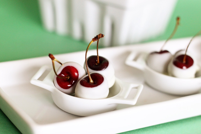 Amaretto Soaked White Chocolate Cherries