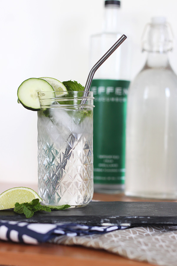 Low-Calorie Skinny Cucumber Vodka Cocktail