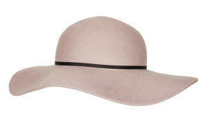 Cool Girl Festival Essentials: A Floppy Felt Hat